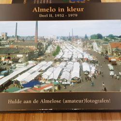 Almelo in kleur - Deel II, 1952 - 1979 - Boekwinkel Bij de Aa - Boekhandel Almelo